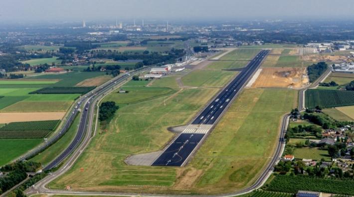 Maastricht Aachen Airport start- en landingsbaan