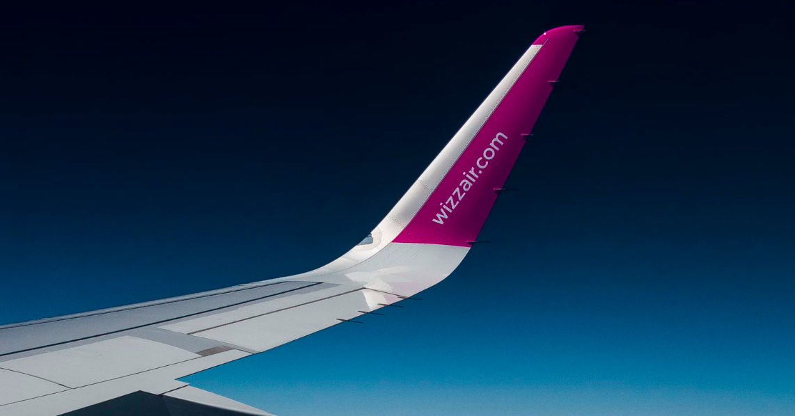 Wizz Air wingtip