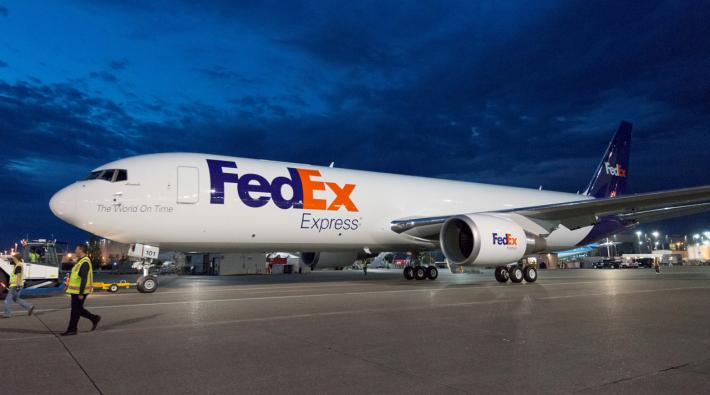 FedEx Boeing 777